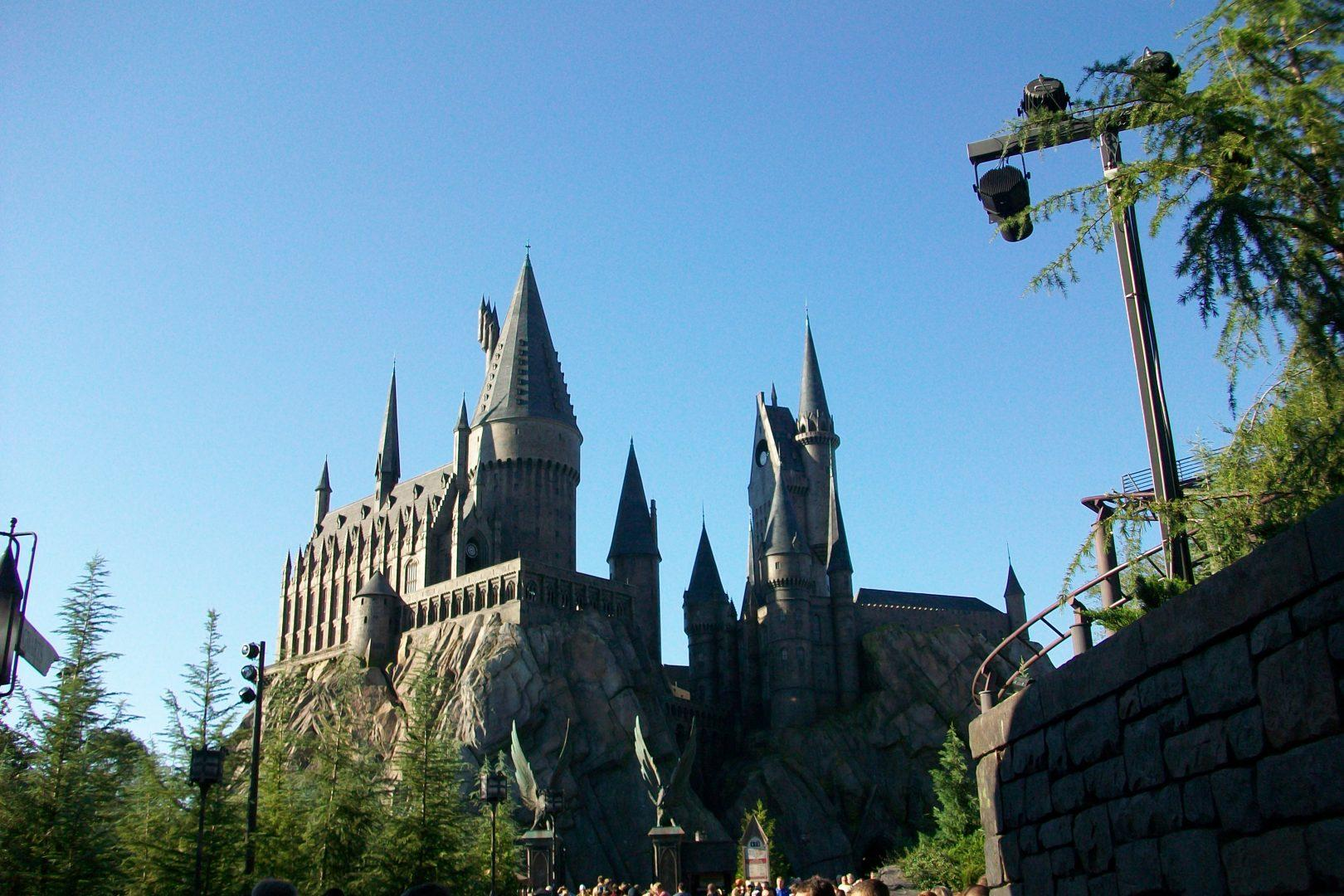 The Wizarding World of Harry Potter in Orlando, FL was a source of comfort for many Harry Potter fans after the conclusion of the film series. Fortunately, JK Rowling is rolling out a new Harry Potter-based film franchise.