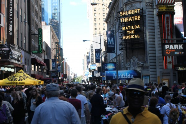 Broadway Flea Market in Shubert Alley on September 22, 2013.(Tyler Martins/The Observer)