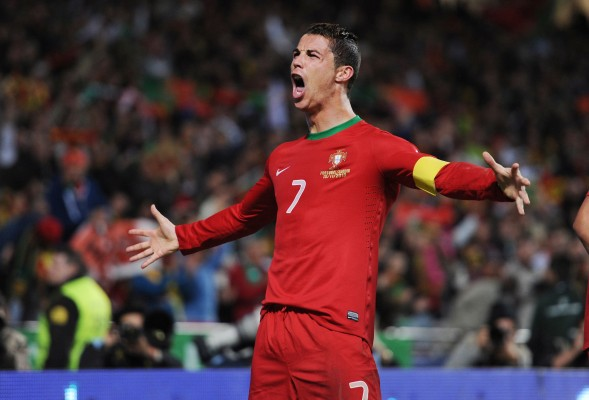Cristiano Ronaldo will try to carry Portugal to the 2014 World Cup.  (Alex Morton/Action Images via MCT)