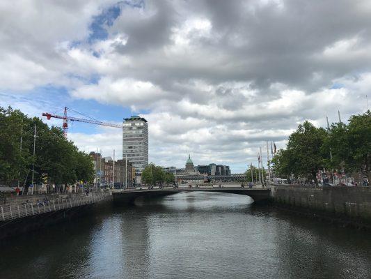 Crossing the River Liffey via the O'Connell Bridge. (ERIKA ORTIZ/THE OBSERVER)